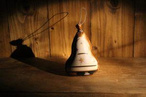 Ozdoba zlatý zvonek